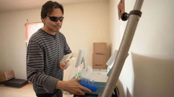 Jeremy, Blind Patient Gaining Freedom with At-Home Dialysis Machine